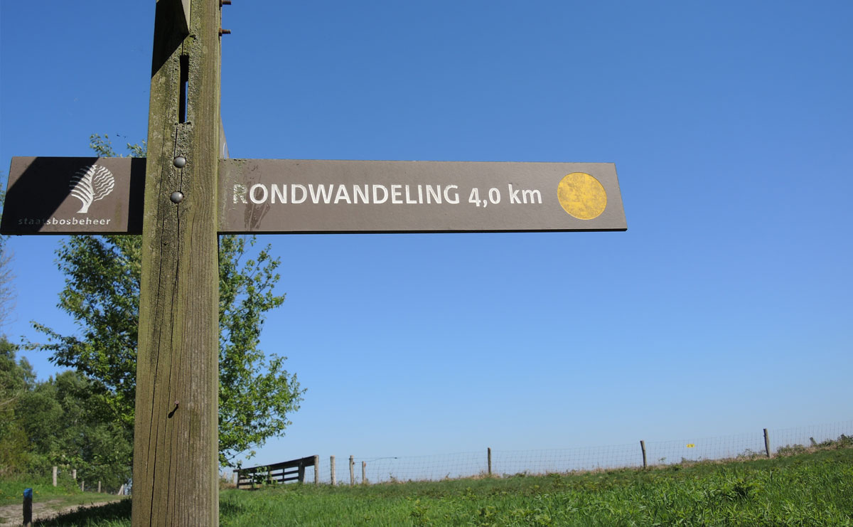 voetzoekers-bargerveen-geel-routeaanduiding