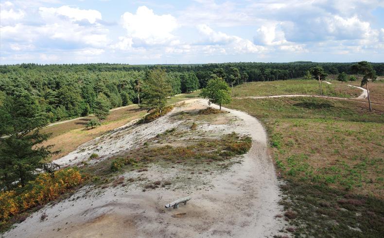 rivierduinenroute-uitzicht-uitkijktoren-voetzoekers