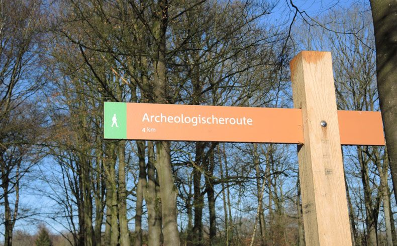 voetzoekers-archeologische-route-sleenerzand-routepaal